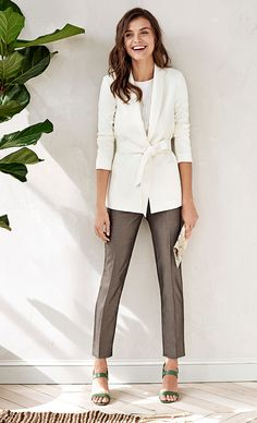 Just right for warmer weather, our off white shawl collar blazer makes a chic style statement. Wear this feminine blazer with straight fit trousers and heels for the perfect reports to reservations look | Banana Republic
