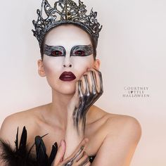 The Black Swan tutorial is now up and ready for your viewing pleasure  Link in my bio, enjoy! BONUS video going up tomorrow night, about how I made my crown and top - new makeup tutorial Thursday . . . . #blackswan #halloweenmakeup #halloweencostume #natalieportman #makeuptutorials #smashbox #katvondbeauty #bennye #chractermakeup #samhaincontactlenses #nyxcosmetics #mufe #maybelline #blackswancostume #courtneylittlehalloween