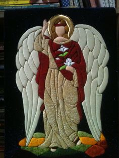 patchwork sin aguja inspirado desde un vitral - arcangel gabriel Patchwork Blanket, Patchwork Patterns, Entertaining Angels, Christmas Blocks, Stained Glass Angel, Fabric Art, Machine Quilting, Baby Quilts, Holiday Crafts
