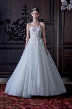 vestido de noiva Roma estilo princesa em tom azul de monique lhuiller primavera 2016