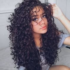 Curly hair: cuts, hairstyles and grooming learn .- Lockiges Haar: Schnitte, Frisuren ansehen und Pflegen lernen – Curly Hair: Cuts, Hairstyles and Grooming – at for - Pelo Natural, Long Natural Curls, Natural Hair Styles, Long Hair Styles, Curly Hair Styles Easy, Half Wigs, Curly Hair Cuts, Style Curly Hair, Long Curly Hairstyles