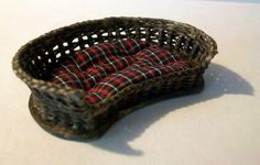 Miniature Woven Wicker Pet Bed (1 inch dollhouse scale).
