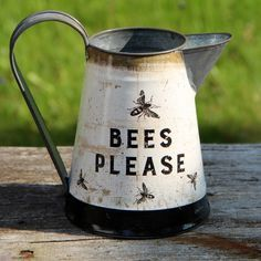 Here's a sweet petite tin water pitcher with a charming graphic by artist Dan DiPaulo. So perfect for your country farmhouse or cottage! Height is Handle extends beyond the rim about an inch. Urban Farmhouse, Country Farmhouse, Country Decor, Country Style, Buzz Bee, I Love Bees, Bee Art, Cottage Kitchens, Bee Happy