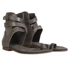 Alomar Flat Sandal