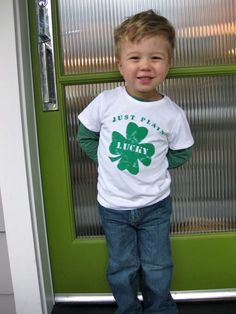 DIY Lucky T-shirt - great for St. Patrick's Day   twig & thistle