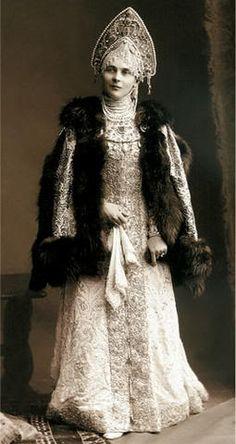 1903 仮装舞踏会 ジナイーダ・ユスーポワ