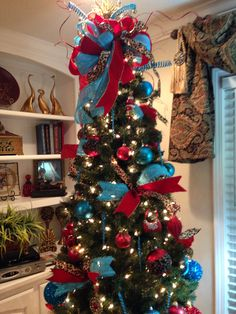 christmas tree red and turquoise - Blue And Red Decorated Christmas Tree
