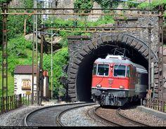 #11139 SBB Re 4/4 II at Gotthard south ramp, Switzerland by Daniel SIMON