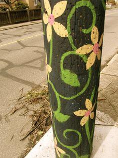 Design for peace pole Garden Crafts, Garden Projects, Art Projects, Yard Art Crafts, Peace Pole, Garden Poles, Pole Art, Fence Art, Painted Sticks