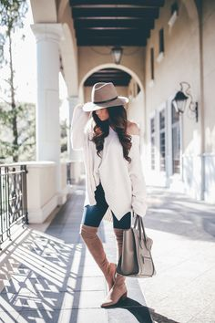 cute fall outfit w/over the knee boots and oversized sweater #fallfashion2017