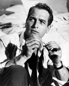 "lovepaulnewman: ""Paul Newman as Chance Wayne in Sweet Bird of Youth "" Old Hollywood Actors, Vintage Hollywood, Classic Hollywood, 50s Vintage, Beautiful Blue Eyes, Most Beautiful Man, Paul Newman Joanne Woodward, Cool Hand Luke, Romantic Men"