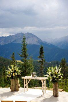 Photography: Ashley Garmon Photographers - ashleygarmonphoto.com  Read More: http://www.stylemepretty.com/southwest-weddings/2011/11/10/aspen-mountaintop-wedding-from-ashley-garmon-photographers/