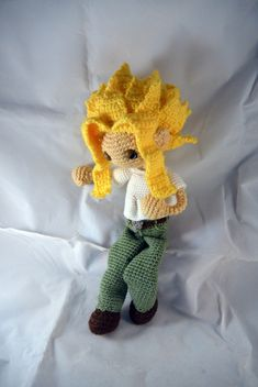 "moonwhing:""Toshinori Yagi - My Hero AcademiaAn extra long lanky man for my already pretty noodle limb dolls!He's 14 inches tall, give or take how the hair wants to sit at the moment and I think I counted 35 spikes of hair at the end. He's super. Crochet Patterns Amigurumi, Amigurumi Doll, Crochet Dolls, Crochet Yarn, Yarn Projects, Crochet Projects, Sewing Projects, Kawaii Crochet, Cute Crochet"