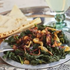 Mallow salad (hindbeh) : A wild green that is foraged in the hills in the Near East, this salad is flavored with lemon and some fried onions #Lebanese #Food