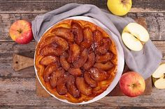 This free-form rustic apple tart is quicker and easier to make than an apple pie but every bit as delicious. Pastry Recipes, Tart Recipes, Dessert Recipes, Cooking Recipes, Rustic Apple Tart, French Apple Tart, Apple Tart Recipe, Apple Tart Tatin, Apple Pie