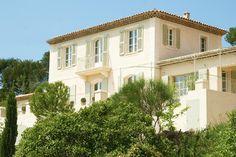 Constructeur maison contemporaine sur pinterest constructeur maison constr - Les bastides provencales ...