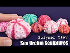 Three different techniques to sculpt sea urchins from fimo polymer clay. Inspirations pictures for the sea urchins : https://fr.pinterest.com/pin/27373510215...