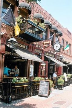 Visual Travel Tours.com | San Diego, California, United States - Little Italy & Gaslamp Quarter: San Diego, California