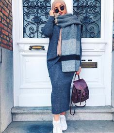 Stylish Street Style Hijabi Outfit Inspiration For Winter – Hijab Fashion 2020 Hijab Casual, Hijab Chic, Casual Winter Outfits, Hijab Outfit, Dress Casual, Casual Hijab Styles, Casual Wear, Hijab Dress, Modern Hijab Fashion