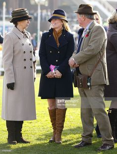 Princess Anne, The Princess Royal, Autumn Phillips and Andrew Parker Bowles watch the racing as they attend Ladies Day, day 2 of the Cheltenham Festival at Cheltenham Racecourse on March 12, 2014 in Cheltenham, England. (Photo by Max Mumby/Indigo/Getty Images)