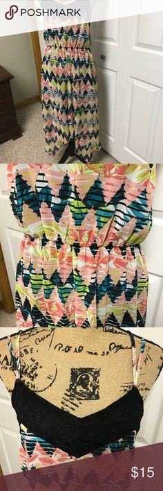 Summer dress Really cute summer dress. Can be wore anytime of the day. It got elastic above waist. Zig zag bottom dress. Dresses