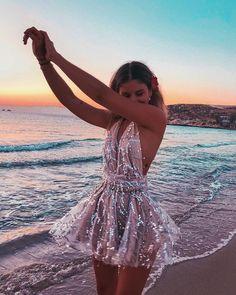 Black Gold Mini Dress Party Tassel in 2019 Pretty Prom Dresses, Hoco Dresses, Beautiful Dresses, Formal Dresses, Mini Dresses, Dresses For Parties, Homecoming Dresses Corset, School Dance Dresses, Cute Dresses For Party