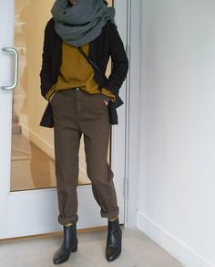 "9,206 Likes, 43 Comments - OAK + FORT (@oakandfort) on Instagram: ""Everyday look #BeOakandFort Cardigan 1753 T-shirt H360 Pants H306 Scarf 1911 Socks H030 Shoes 1628…"""