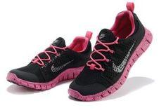 tenis nike feminino free 5.0 preto com pink para corrida