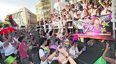 Decomisadas en la marcha del Orgullo de Sevilla alcohol y cerveza ilegal llevado desde Jaén