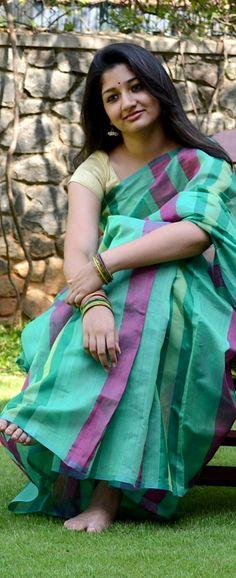 Nadai- A collection of hand woven Sarees - original pin by @webjournal