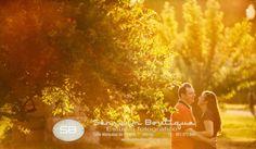 Sensuum Boutique ©. #prebodas #parejas antes de la #boda #RafaelyMariaJosel #Merida #Caceres #Badajoz #extremadura #amor #pareja #love #boda #wedding #bodaExtremadura #weddingExtremadura #meridafotografos #sensuumfotografos #fotografosdemerida #bodamerida #fotografiaartistica #marquesadepinares #Lola #Manuel #bodaschic #bodaoriginal #vintage #madera #sol #cielo #sky #nube #clouds #pasion #enamorados #sensuumfoto #fotodepreboda #lovepreboda sensuumboutique@gmail.com tlf.: 0+034.661.872.649