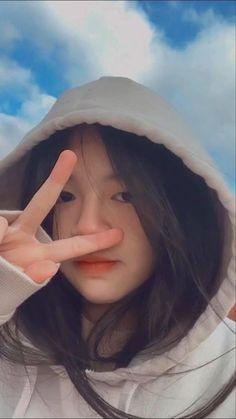 Korean Beauty Girls, Pretty Korean Girls, Cute Korean Girl, Toddler Girl Pictures, Cool Girl Pictures, Korean Girl Photo, Korean Girl Fashion, Cute Kawaii Girl, Cute Girl Photo