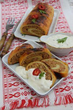Aleda konyhája: Ilustekercs-  Ruladă aperitiv cu cartofi Camembert Cheese, Tacos, Pork, Mexican, Ethnic Recipes, Kale Stir Fry, Pork Chops, Mexicans