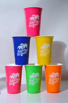 "Each sleeve contains 6 double-wall insulated 16 oz. Party Cups with white imprint ""Spring Break"" with palm trees on both sides. Keeps drinks nice and cold!! Perfect for the beach or pool. Color combin"