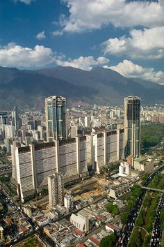 Vista de Caracas: Parque Central.