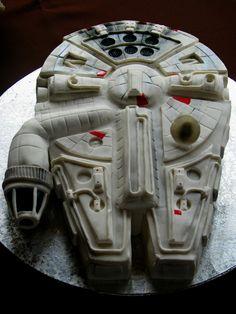 Millenium Falcon Groom's Cake - Star Wars Millenium Falcom groom's cake.