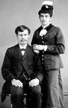 Doc Holliday and Kate Elder (Big Nose Kate) met in Fort Griffin, Texas 1877 while Doc was playing a poker game with Ed Bailey. Ed drew a. Us History, History Facts, American History, History Class, Wild West Outlaws, Westerns, Old West Photos, Tombstone Arizona, Doc Holliday
