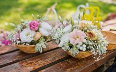 garden-table-flowers Good Food, Yummy Food, Garden Table, Table Flowers, Amazing Recipes, Bbq, Table Decorations, Barbecue, Barbacoa