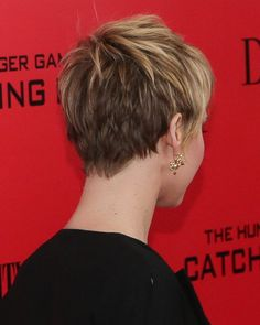 Jennifer Lawrence Hair Back View.  I don't like the back this short--too choppy and too high on the nape .  .  . for me.