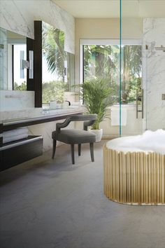 A perfect marble bathroom with Symphony bathtub. Click on the picture to learn more about this product!