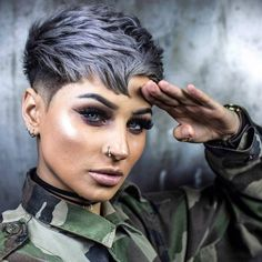 Wanna wear some kind of unique pixie cuts nowadays? Just see here some of the awesome ideas of bold pixie haircuts to wear in year Cute Pixie Cuts, Best Pixie Cuts, Long Pixie Cuts, Short Pixie Haircuts, Pixie Hairstyles, Short Hair Cuts, Short Hair Styles, Super Short Hair, Short Brown Hair