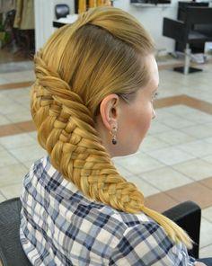 diagonal braided hairstyle