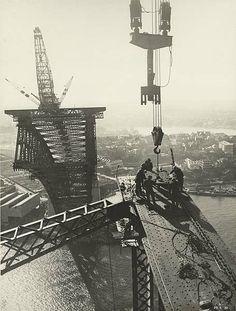 Building of the Sydney Harbour Bridge. Panel Point 7 Eastern Truss.