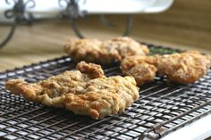 Crispy, moist and easy fried chicken with creamy mashed potatoes is a great comfort meal. It begins with boneless chicken thighs cooked in a skillet. Fried Chicken Thigh Recipes, Country Fried Chicken, Grateful Prayer, Thankful Heart, Boneless Chicken Thighs, Creamy Mashed Potatoes, Skillet, Fries, Good Food