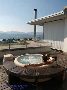 Exceptional Round Jacuzzi Softub, Courtyard, Terrace, Patio, Veranda, Verandah, Wooden  Deck