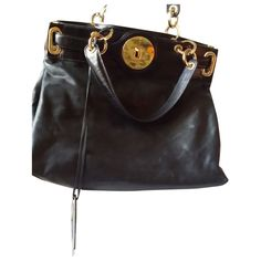 Buy your leather handbag BALENCIAGA on Vestiaire Collective, the luxury consignment store online. Second-hand Leather handbag BALENCIAGA Black in Leather available. Balenciaga Handbags, Leather Handbags, Store Online, Vintage Bags, Michael Kors Hamilton, Luxury Consignment, Black Leather, Stuff To Buy, Shopping