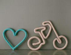 Wire Crafts, Diy And Crafts, Paper Crafts, Spool Knitting, Crochet Beanie Pattern, Crochet Decoration, Wire Art, String Art, Kids Decor
