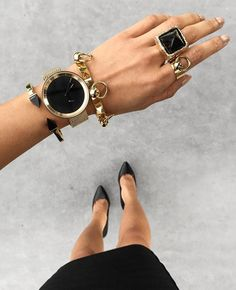 Jewelry inspiration love the black and gold. Space Fashion, Micah Gianneli, Cheap Necklaces, Stylish Watches, Gold Bangles, Fashion Watches, Jewelery, Jewelry Rings, Fashion Accessories
