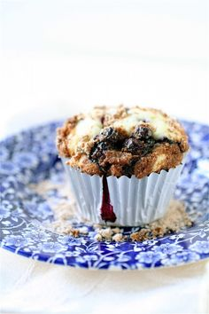Blueberry Crumb Muffins   The Curvy Carrot Blueberry Crumb Muffins   Healthy and Indulgent Meals Dangling in Front of You