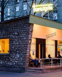 Towarzyska. the priettiest cafe in Warsaw